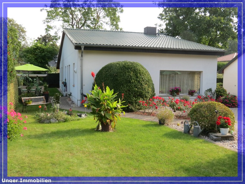 Kaufangebot ber ein einfamilienhaus im bungalowstil in for Einfamilienhaus falkensee